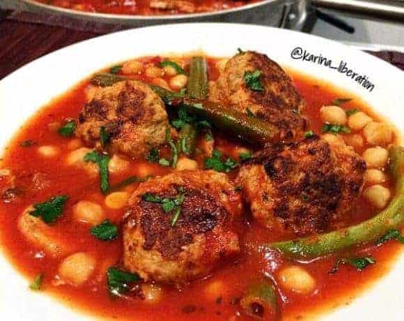 Garlic & Pesto Mini Turkey Meatballs with 2 Bean Tomato Soup