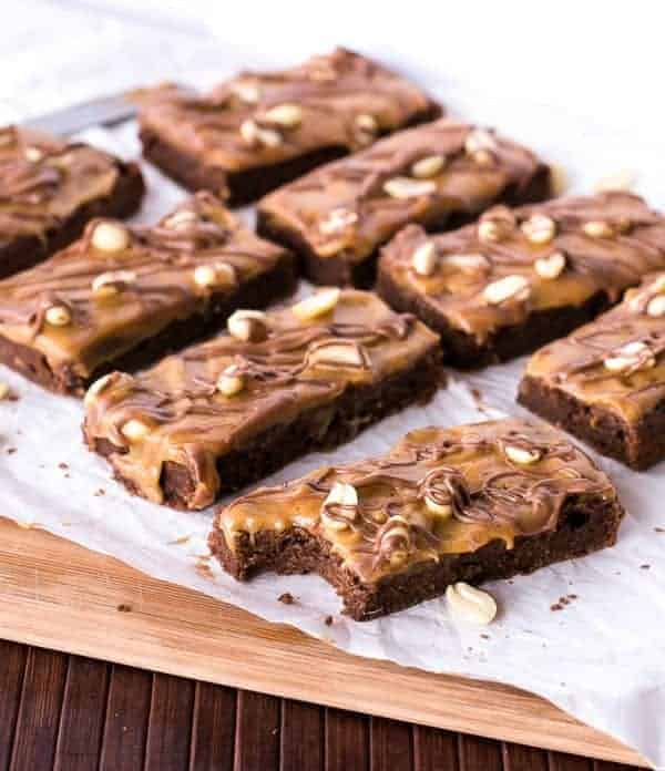 Snickers Fudge Brownies - Cafe Delites