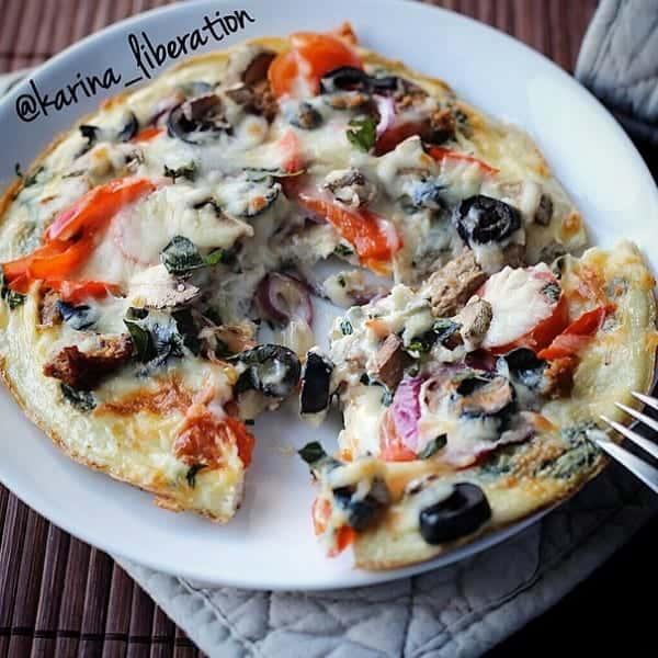 Supreme Omelette Pizza