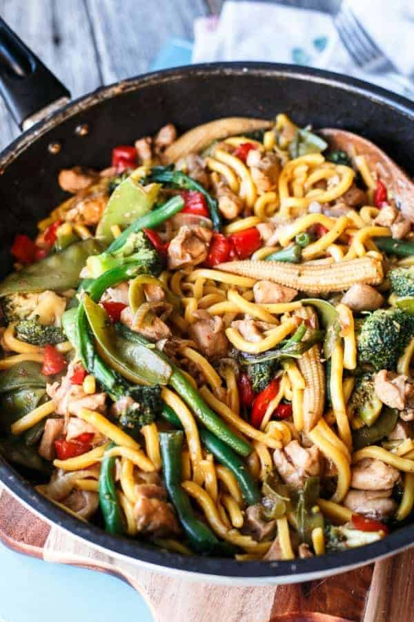 Simple Chicken Noodle Stir Fry Cafe Delites