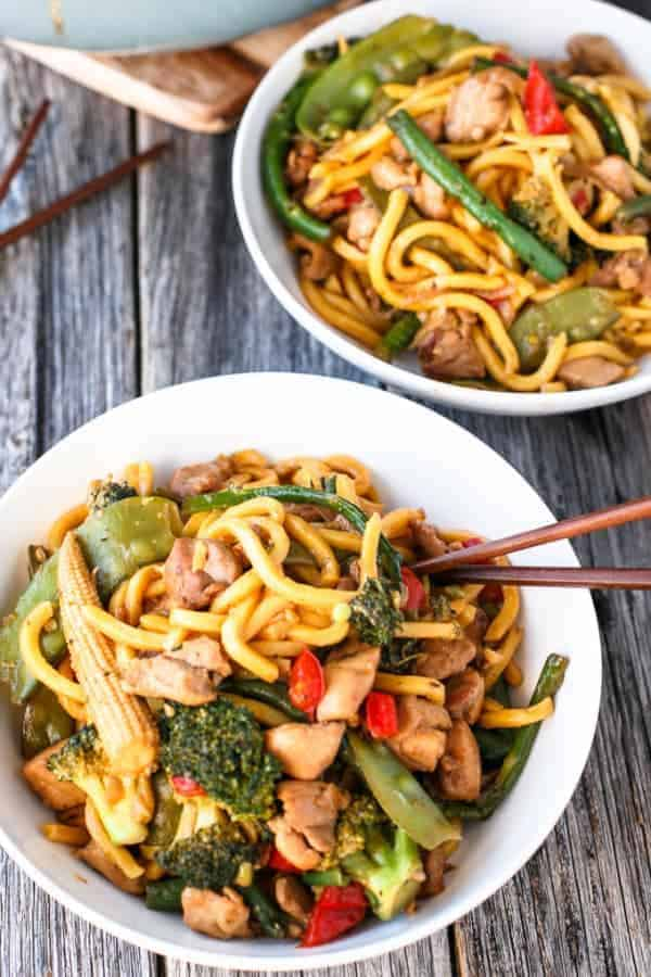 Chicken Noodle Stirfry - Cafe Delites