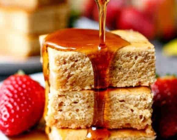 Pancake Maple Blondies - Cafe Delites