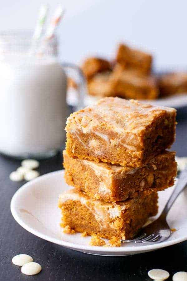 Cinnamon Cheesecake Swirl Pumpkin Bars