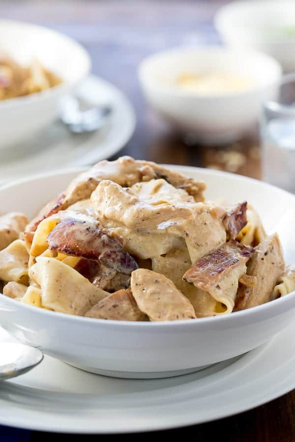 Lightened Up Chicken Carbonara | https://cafedelites.com