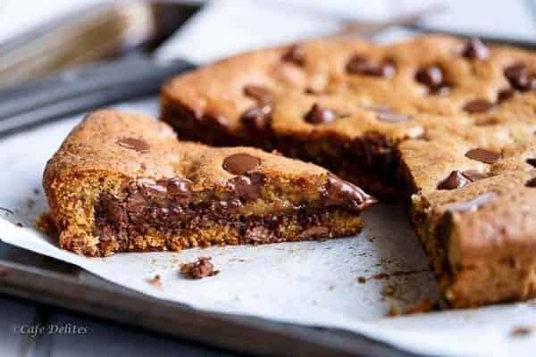 Nutella-Stuffed-Deep-Dish-Skillet-Cookie-52.jpg