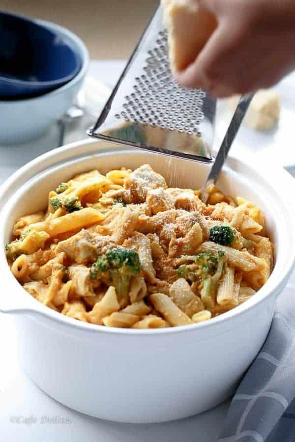 Creamy Pumpkin Chicken and Broccoli Alfredo | https://cafedelites.com
