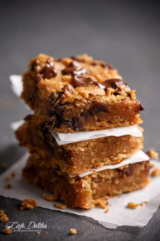 flourless-peanut-butter-blondies-main