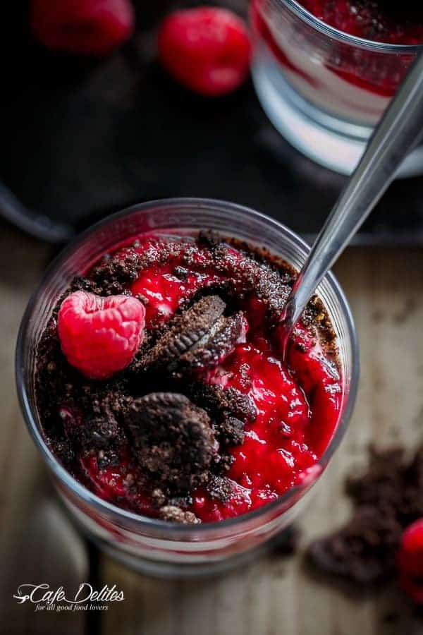 Raspberry Oreo No Bake Cheesecake Parfaits | https://cafedelites.com