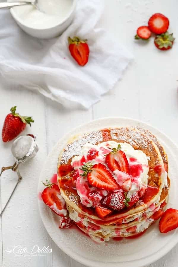 Strawberry Shortcake Pancakes | https://cafedelites.com