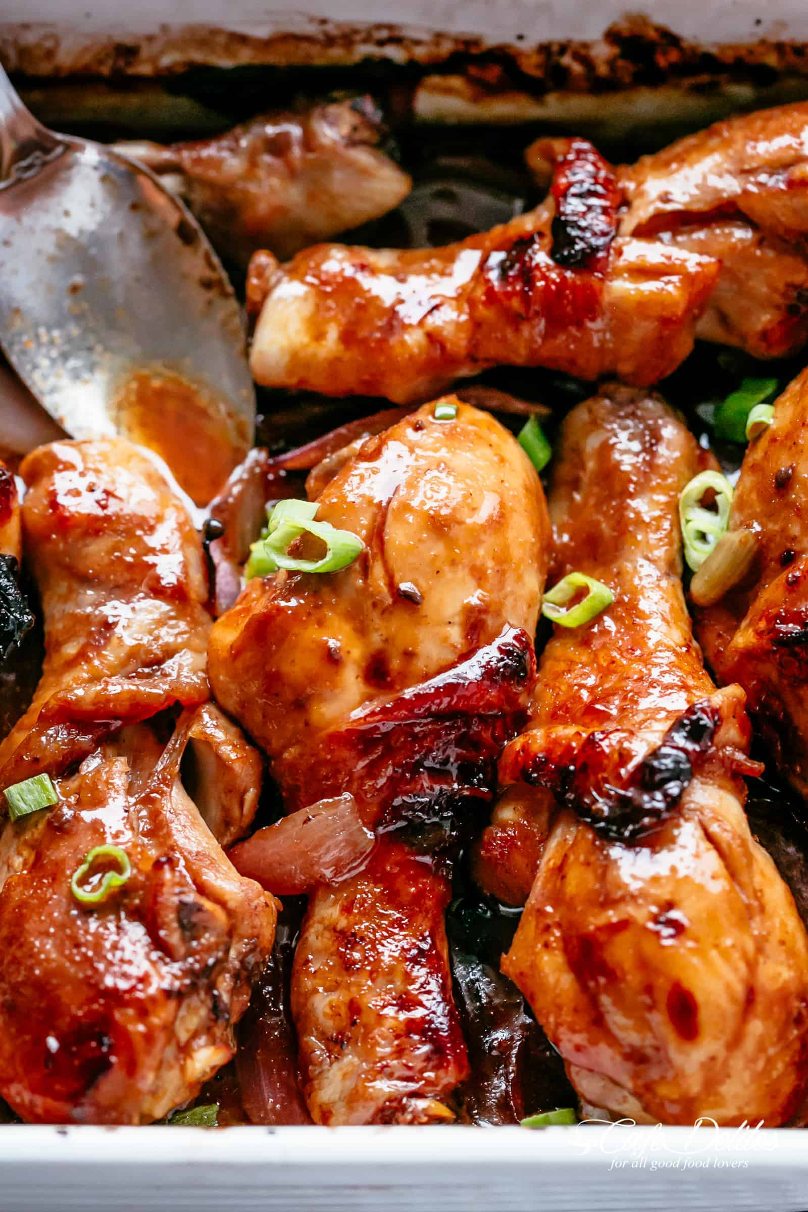 Oven Baked Barbecue Soy Chicken Drumsticks NO MARINATING | https://cafedelites.com