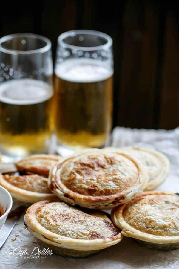Slow Cooker Steak and Gravy Pies | https://cafedelites.com