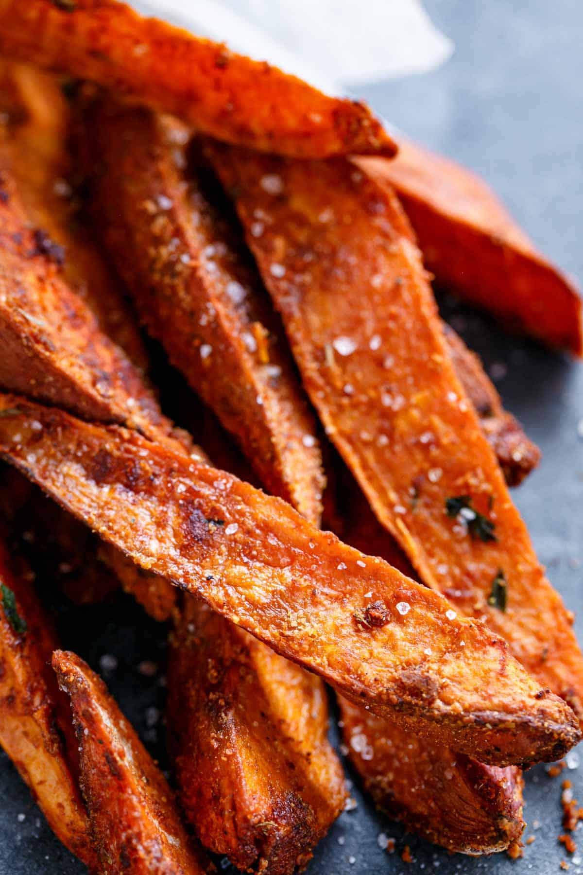 Crispy Sweet Potato Wedges With Garlic Avocado Aioli Cafe Delites