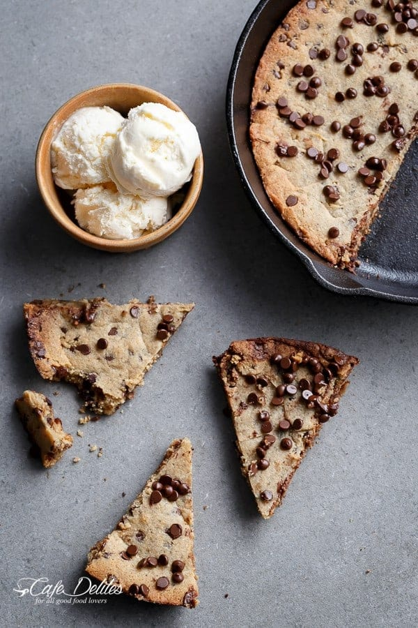 Low Carb Browned Butter Chocolate Chip Skillet Cookie | https://cafedelites.com