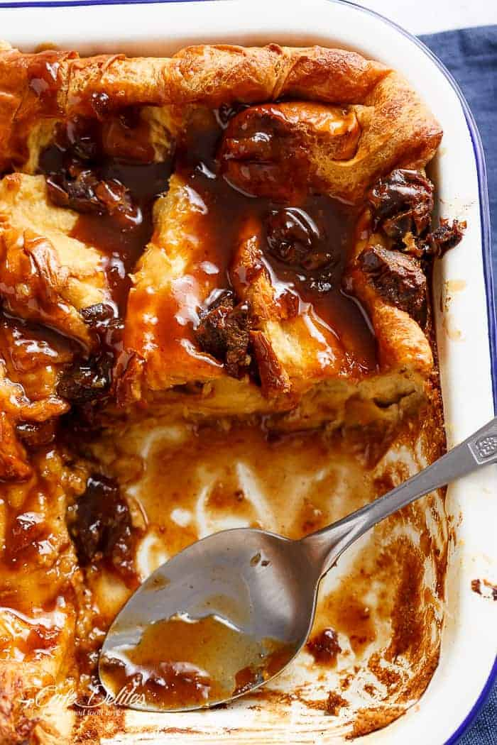 Sticky Date (Toffee) French Toast Bake/Casserole! Prepared either the day before or the morning of Christmas: a quick, easy and super decadent breakfast bake to enjoy after opening all of those presents!