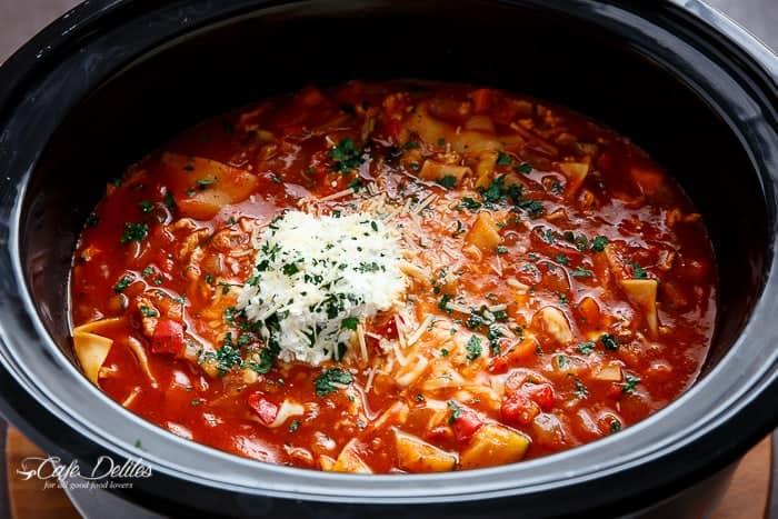 Easy Slow Cooker Lasagna Soup | http://cafedelites.com