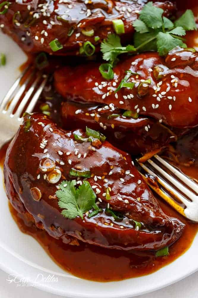 Slow Cooker Asian Glazed Chicken | https://cafedelites.com