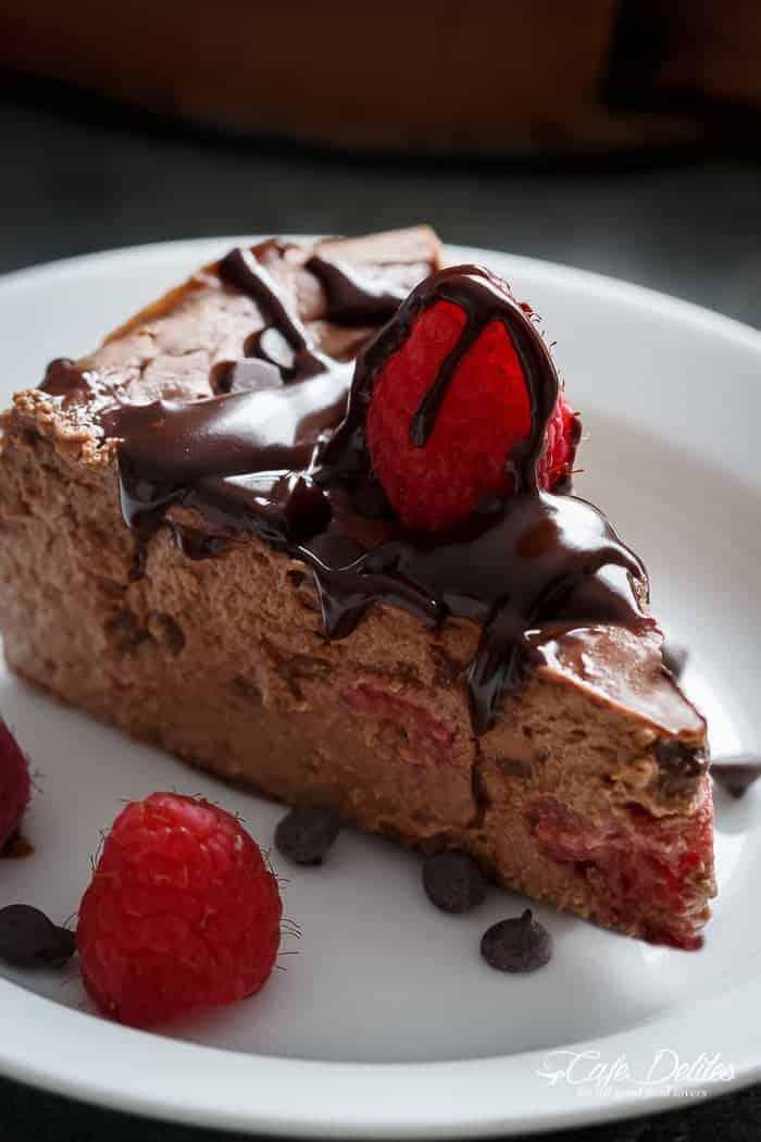 Crustless White Chocolate Cheesecake