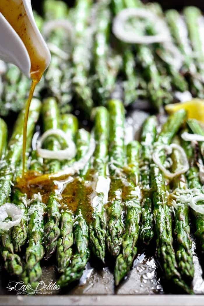 Garlic Browned Butter Baked Asparagus | https://cafedelites.com