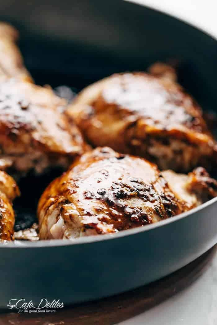 balsamic-glazed-caprese-chicken | cafedelites.com