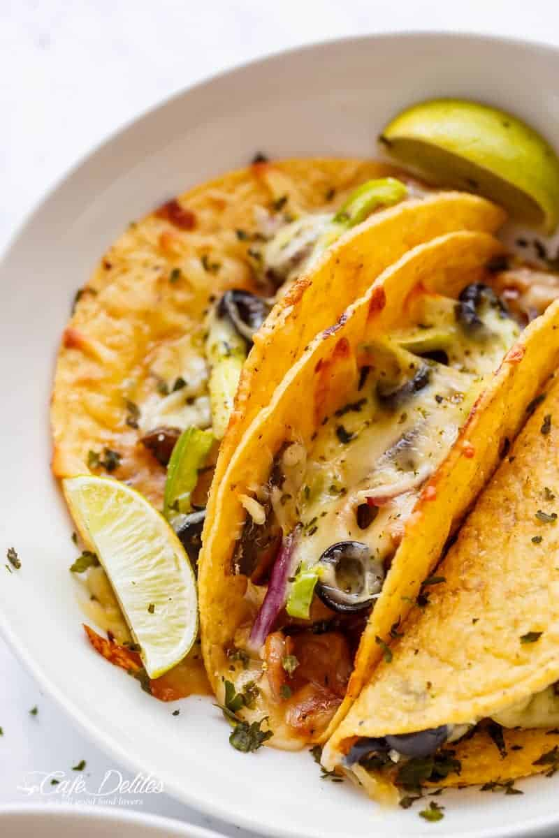 Easy Oven Baked Barbecue Chicken Pizza Tacos are full of pizza flavours, stuffed inside a crispy taco shell, to give you the BEST of both worlds | https://cafedelites.com