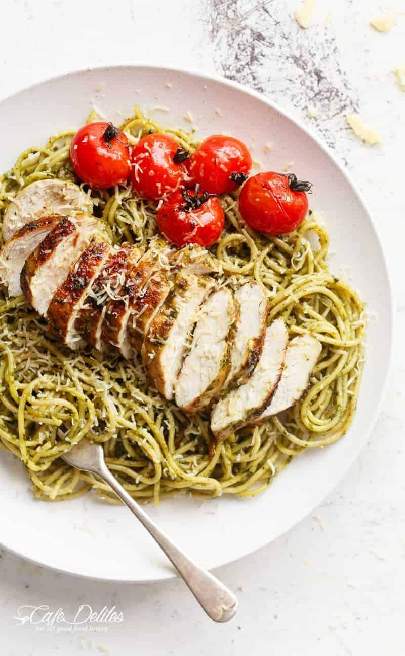 Basil Pesto Chicken Spaghetti | https://cafedelites.com