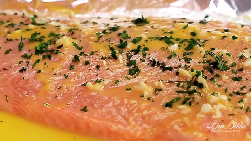 Lemon Butter Garlic Salmon | https://cafedelites.com