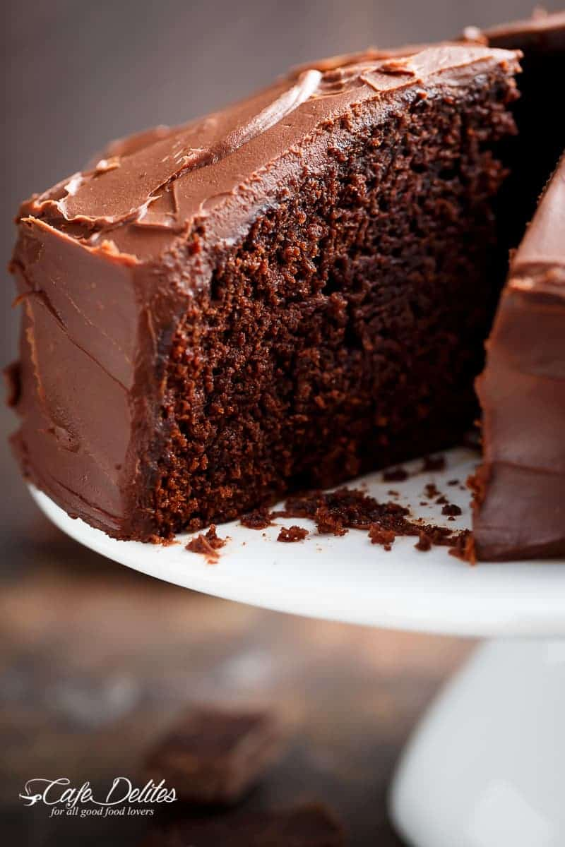 How to make easy chocolate cake without buttermilk