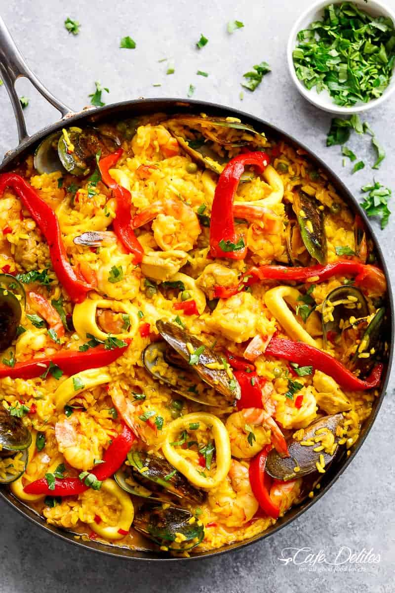 Classic spanish paella cafe delites this recipe comes to you from my mothers kitchen not only is she the most generous loving selfless and giving human beingshe is an incredible cook forumfinder Image collections