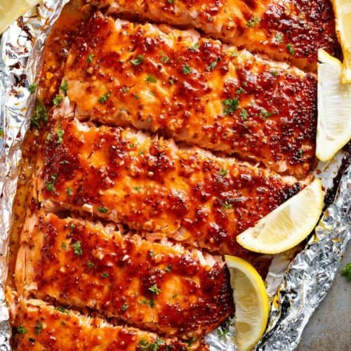 Garlic Butter Honey Mustard Salmon In Foil is a quick and easy salmon recipe, leaving you with no pans to wash and a juicy salmon for your dinner table! | cafedelites.com