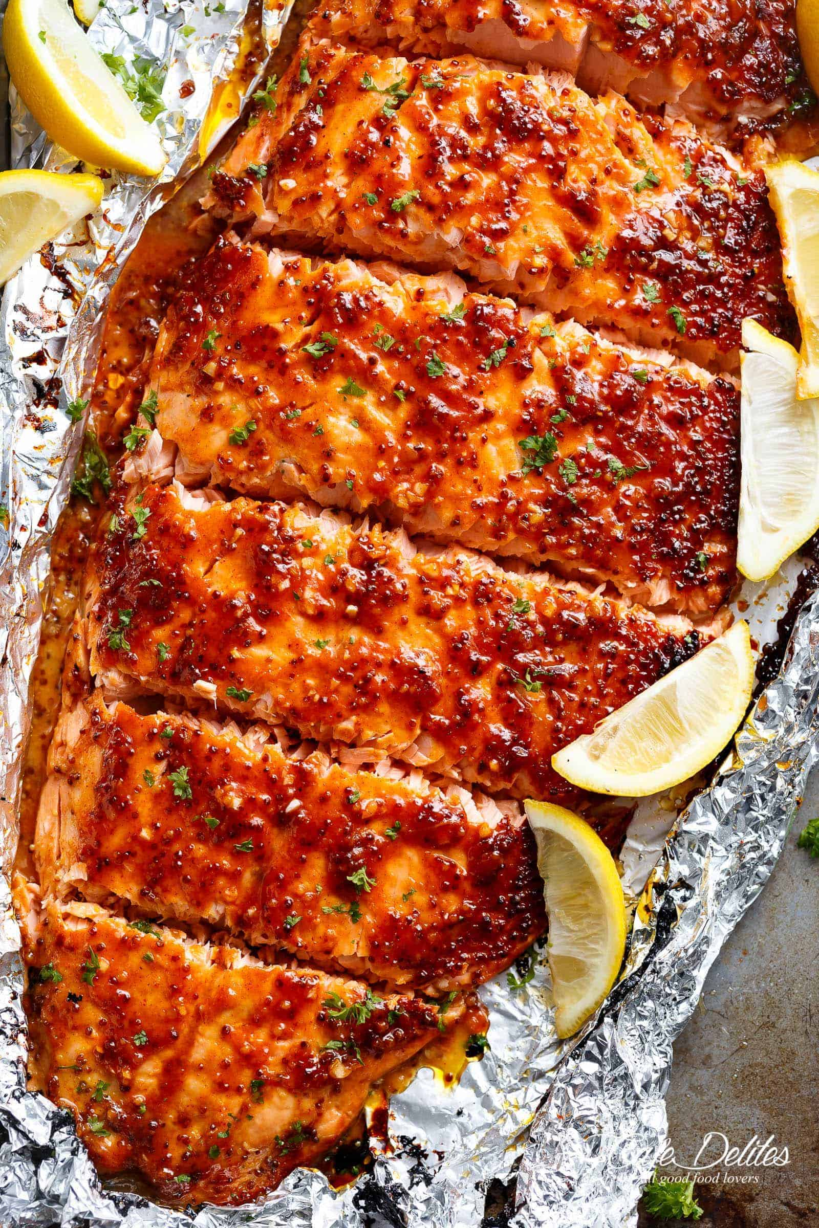de1fd2ab7291 Garlic Butter Honey Mustard Salmon In Foil is a quick and easy salmon recipe