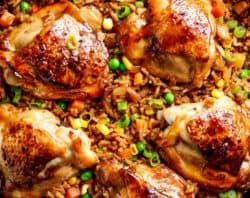 Crispy One Pan Asian Chicken And Rice Equals Crispy Skinned Chicken Full Of Incredible Chinese Inspired