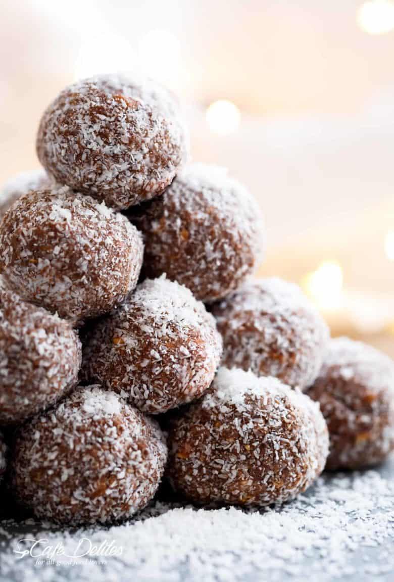 Easy Chocolate Coconut Balls (Truffles)