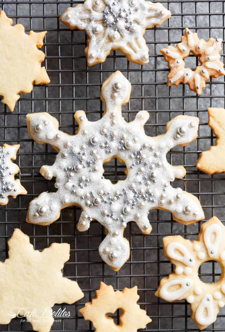 Christmas Sugar Cookies Recipe | cafedelites.com