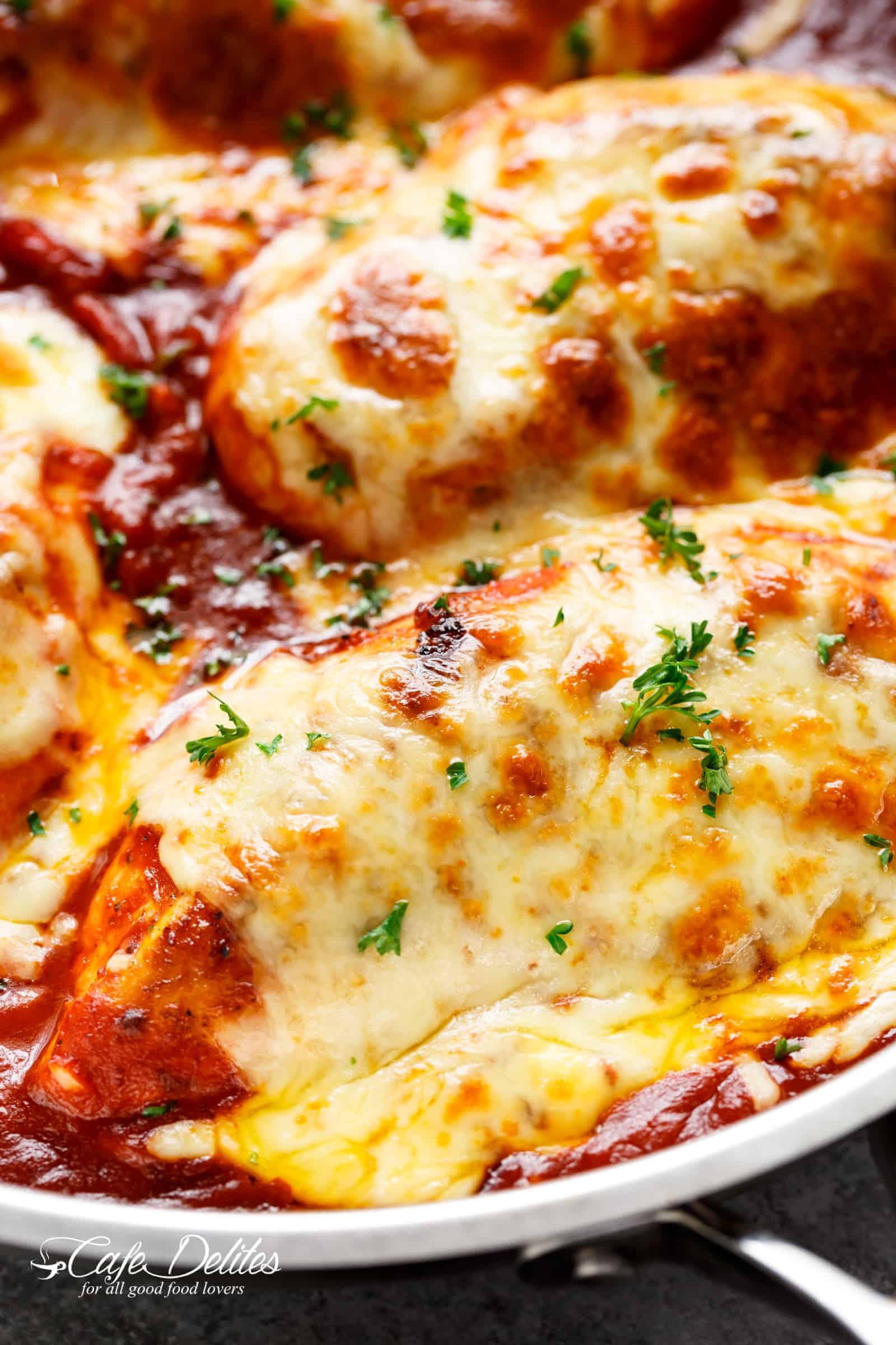 Easy Mozzarella Chicken is a low carb dream! You don't even MISS a crispy crumb on this chicken. It is SO good! | cafedelites.com