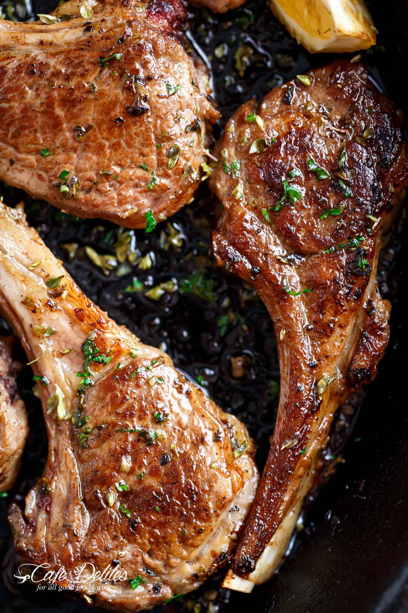 Grilled lamb chops or pan fried, these homemade Greek Lamb Chops are incredible! | cafedelites.com
