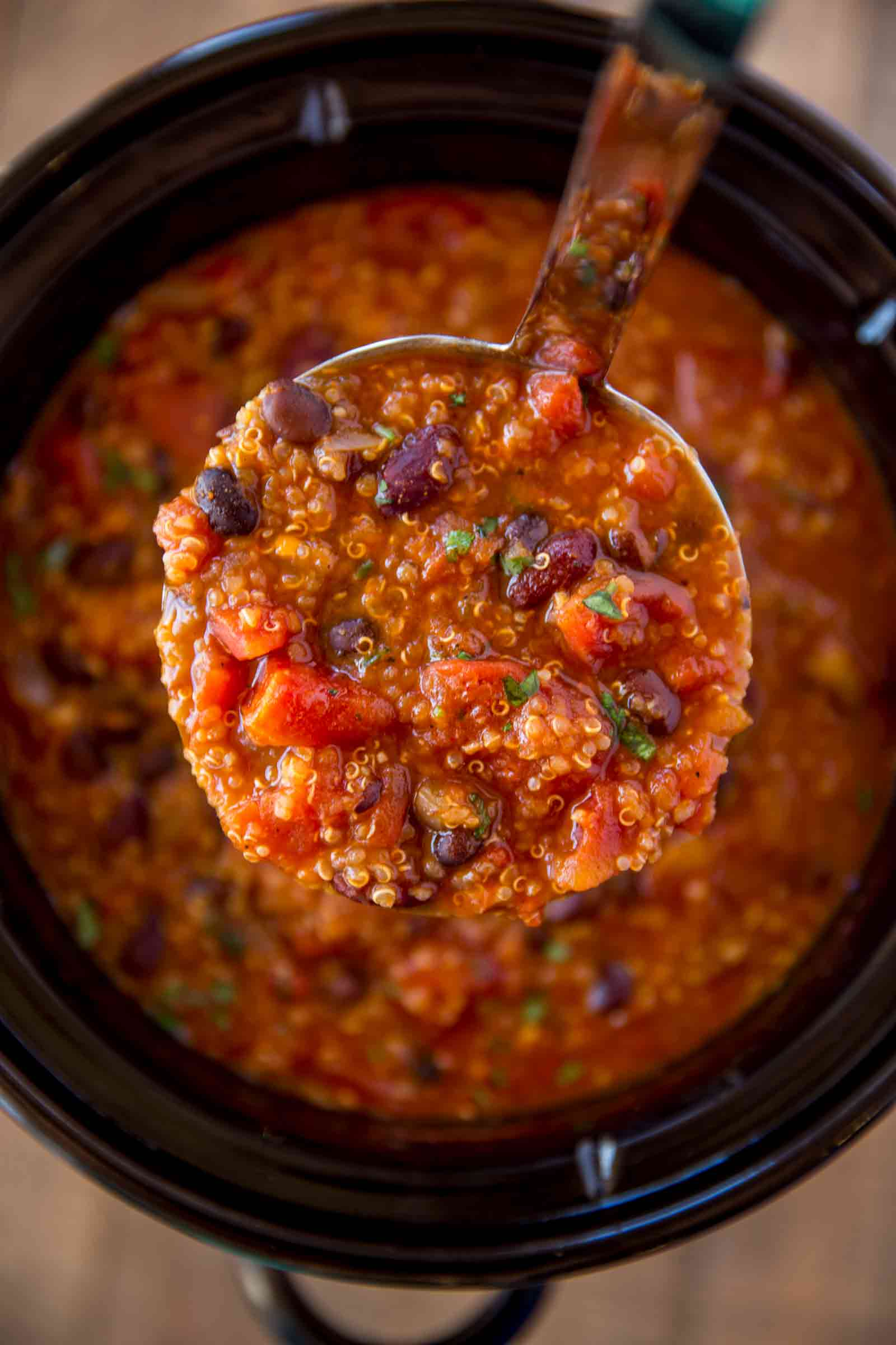 chili slow cooker cooker vegetarian quinoa chili cafe delites 30927
