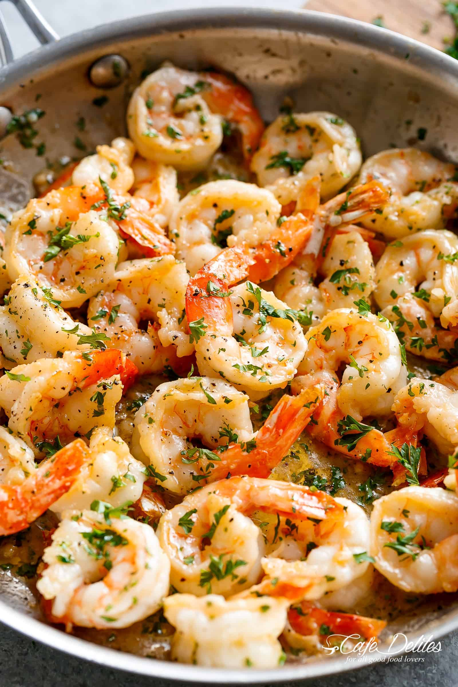 Garlic butter shrimp scampi cafe delites garlic butter shrimp scampi is so quick and easy a garlic buttery scampi sauce with forumfinder Gallery