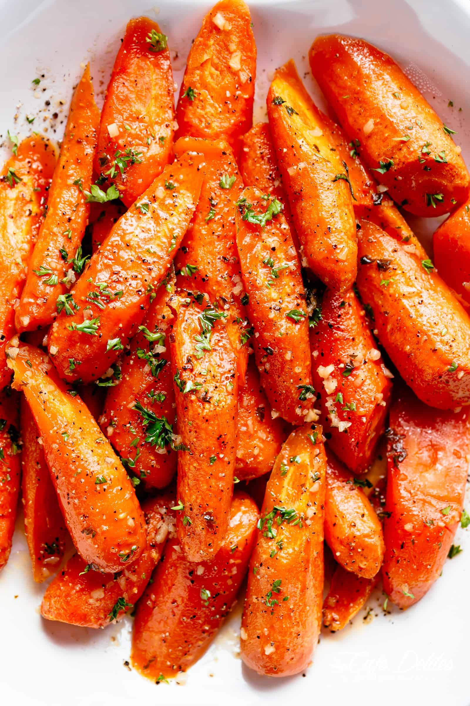 Honey Garlic Butter Carrots | cafedelites.com