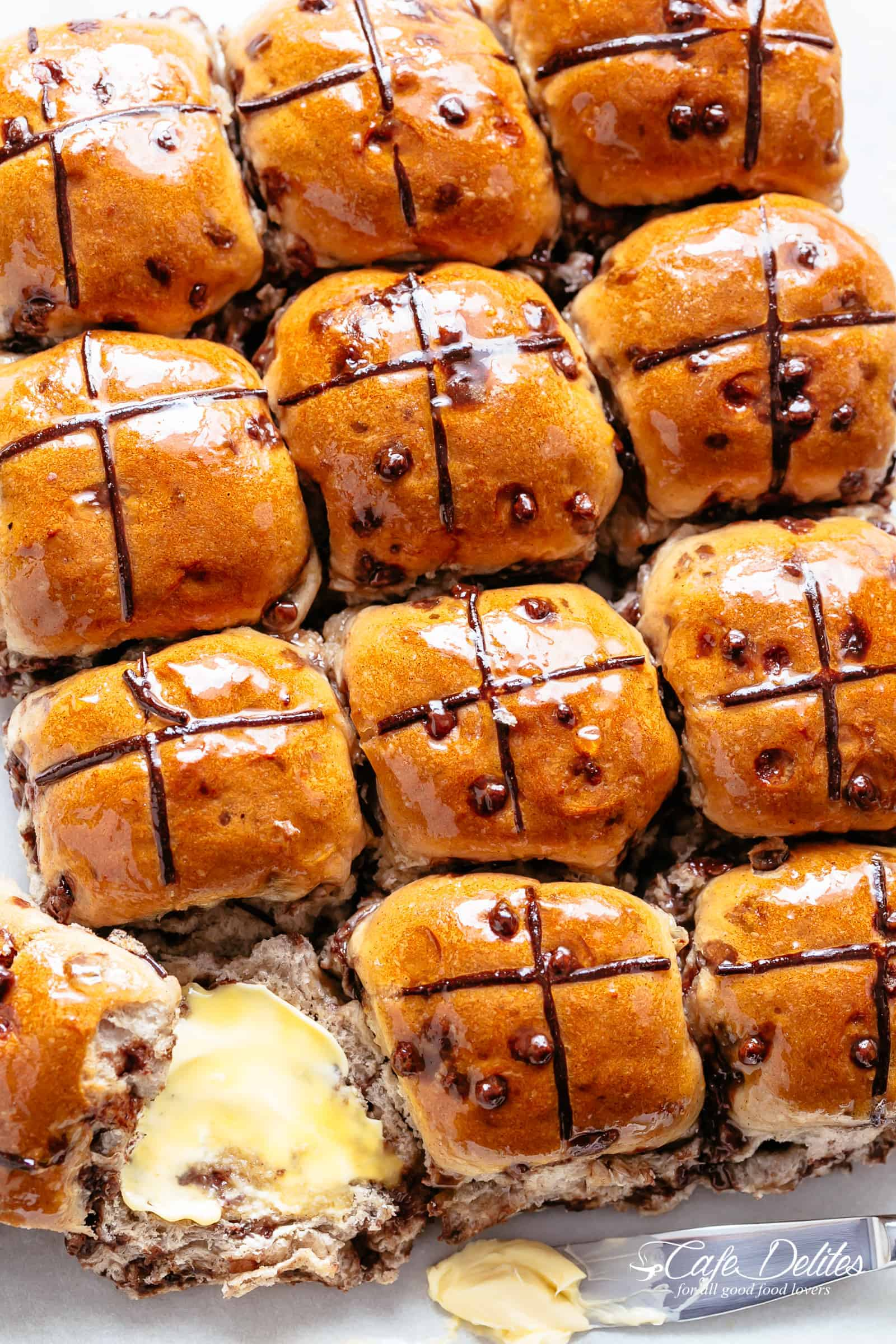 Easy Hot Cross Buns (Chocolate Chips) | cafedelites.com