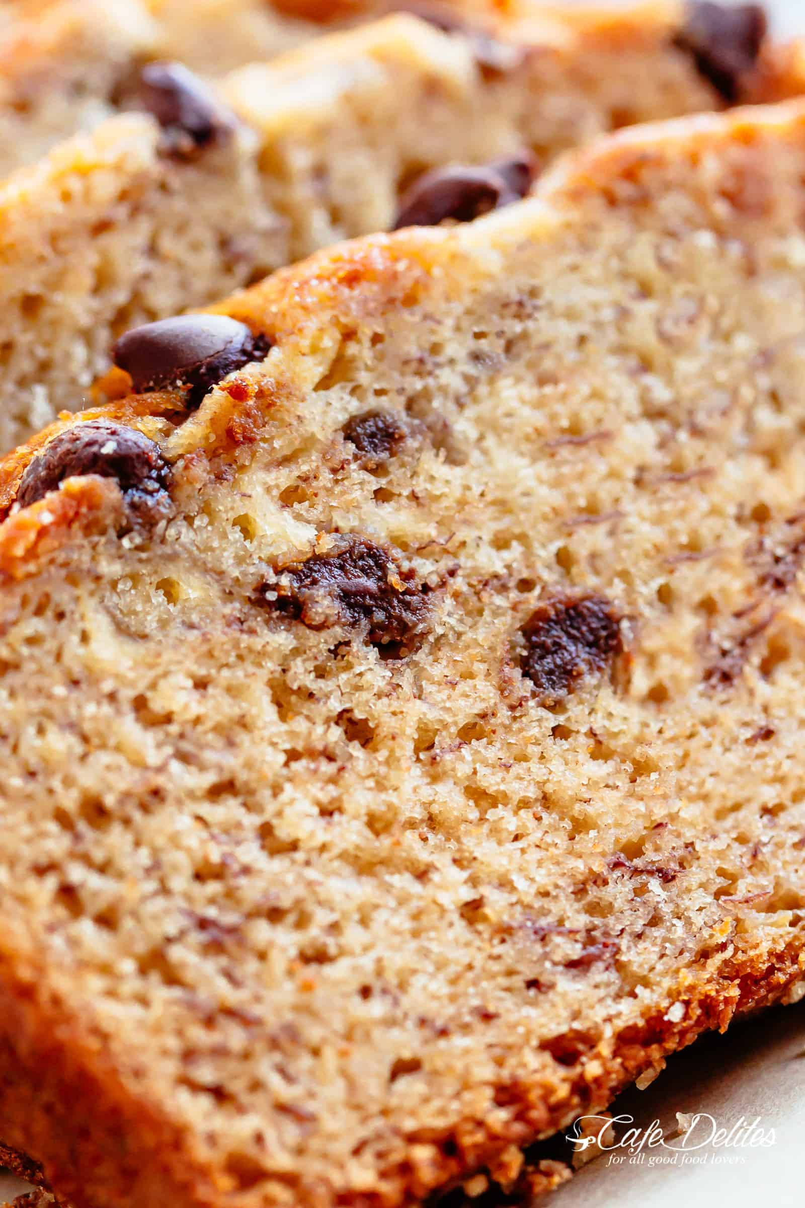 Banana Bread with chocolate chips or nuts | cafedelites.com