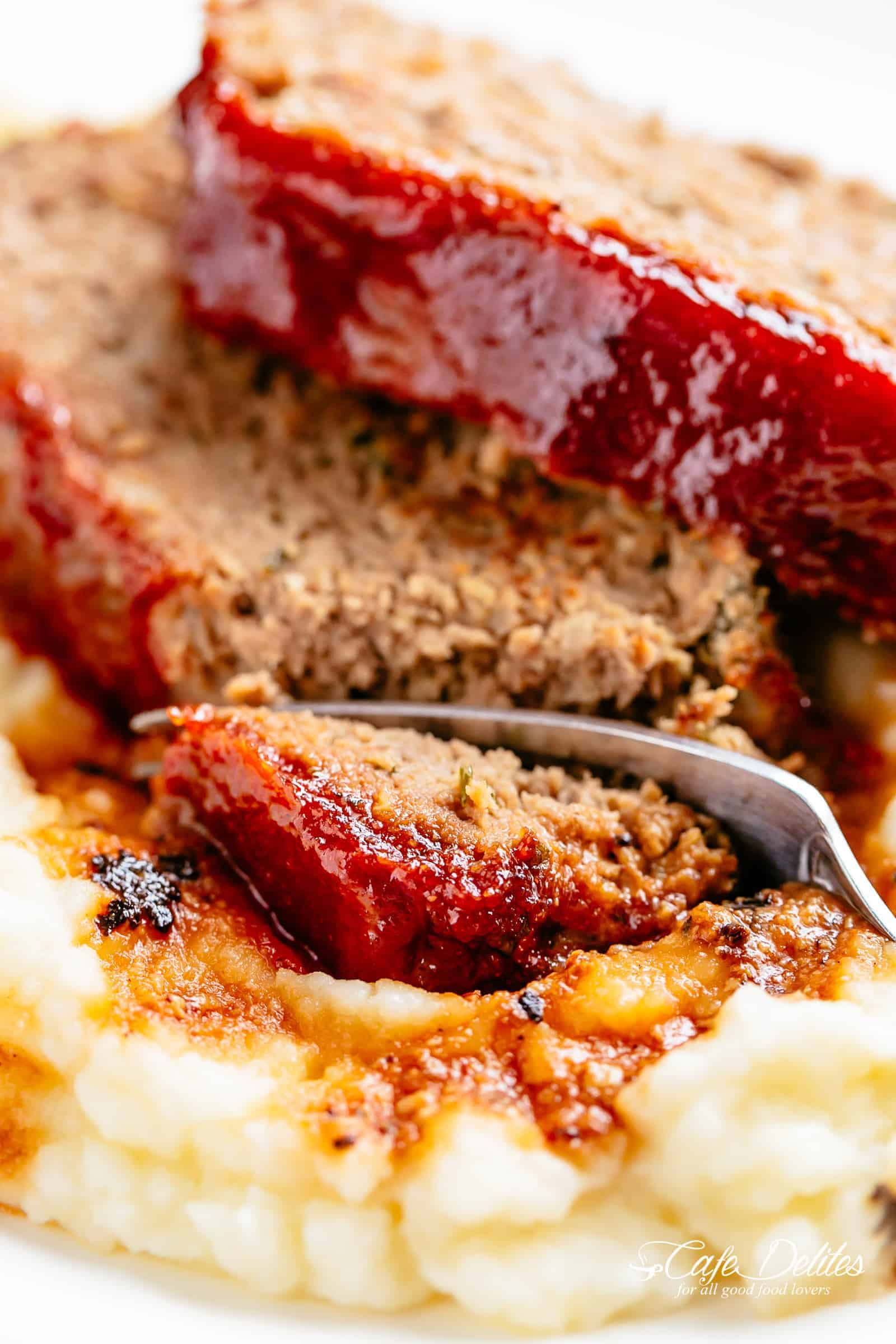 Meatloaf with Mashed Potatoes | cafedelites.com