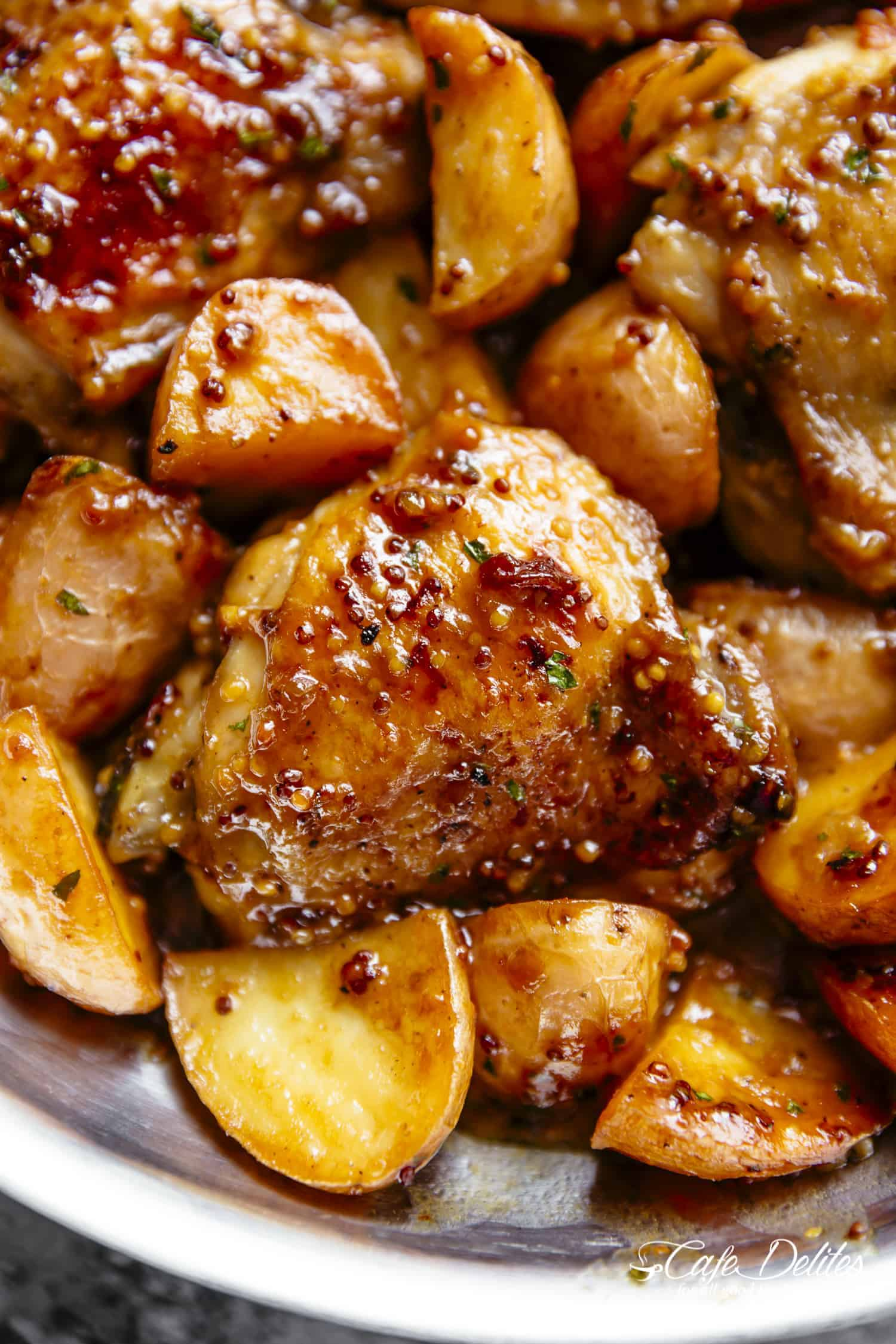 Honey Mustard Chicken & Potatoes | http://cafedelites.com