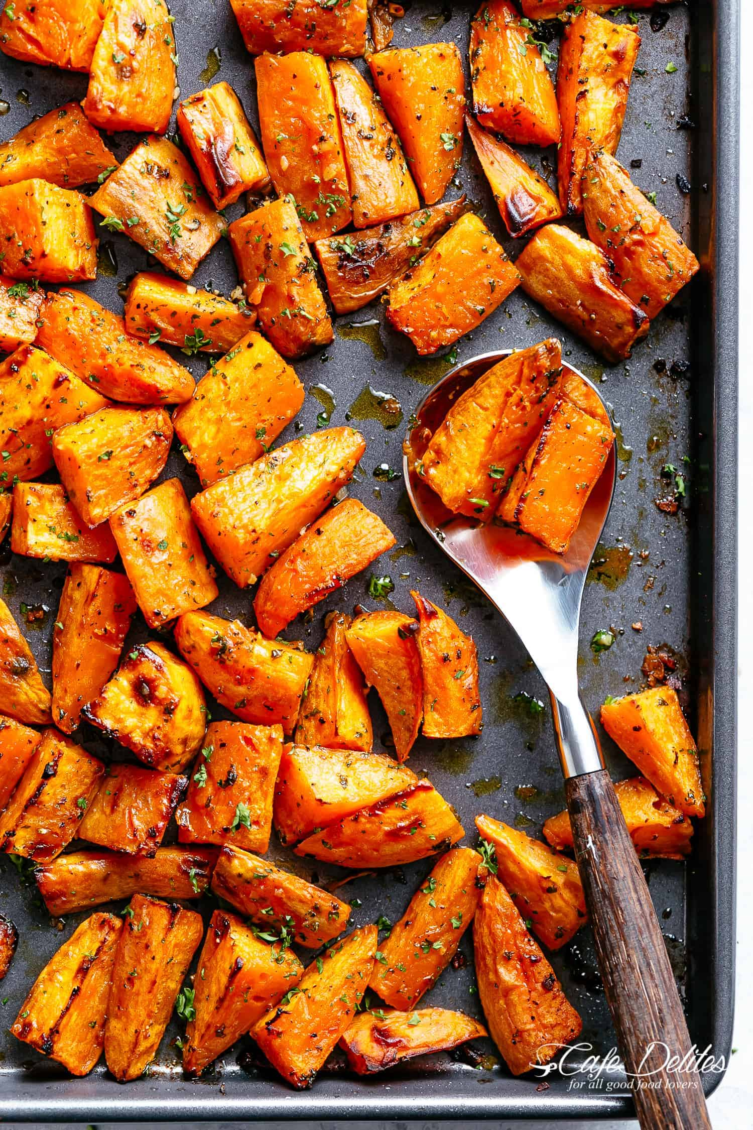 Roasted Sweet Potatoes | cafedelites.com