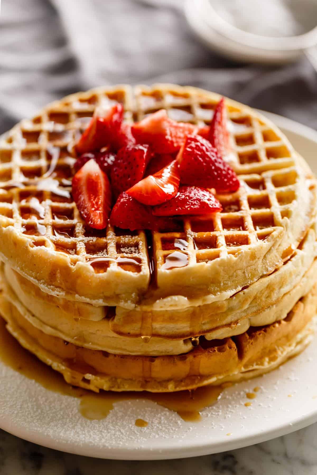 Easy Homemade Belgian Waffles recipe guarantees perfect, fluffy waffles every time! | #belgiumwaffles #waffles #breakfast #brunch #easy #recipe