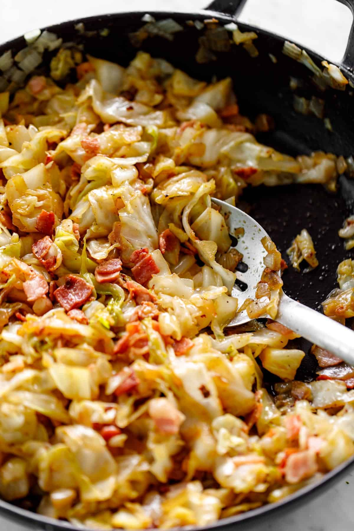Fried Cabbage | cafedelites.com