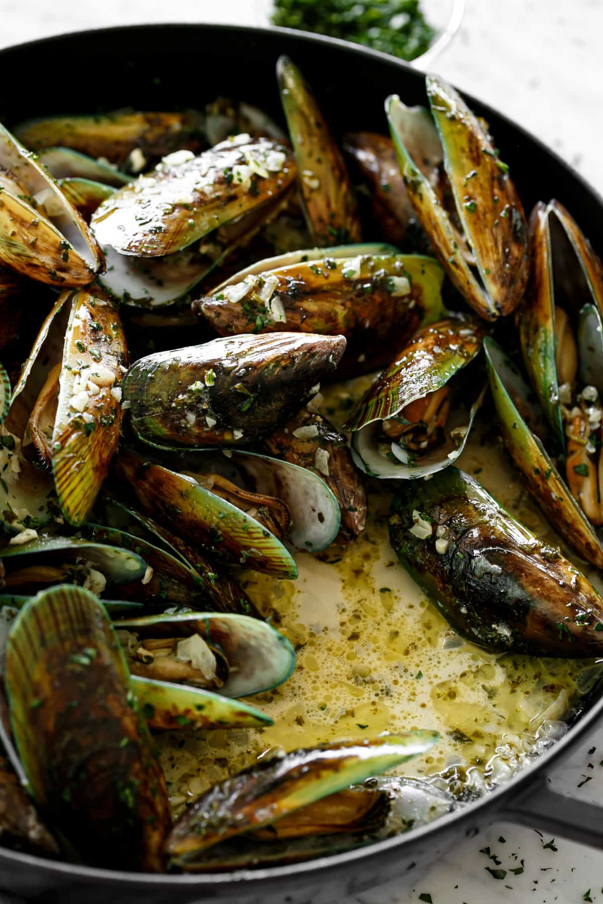French Steamed Mussels | cafedelites.com