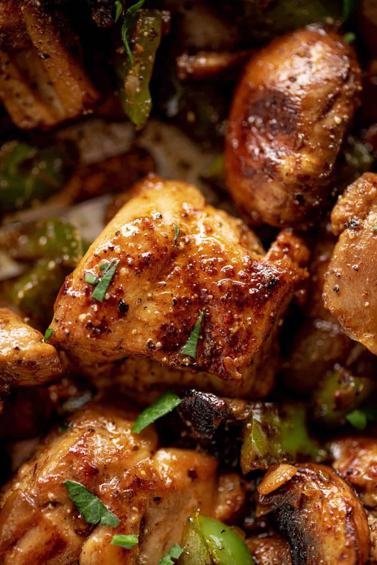 Garlic Mushroom Chicken Bites cook in no time at all! | cafedelites.com